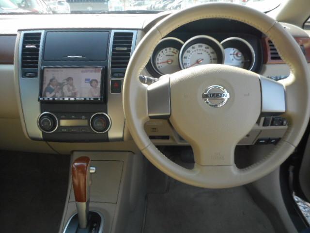 日産 ティーダラティオ 15M HDDナビ ワンセグ