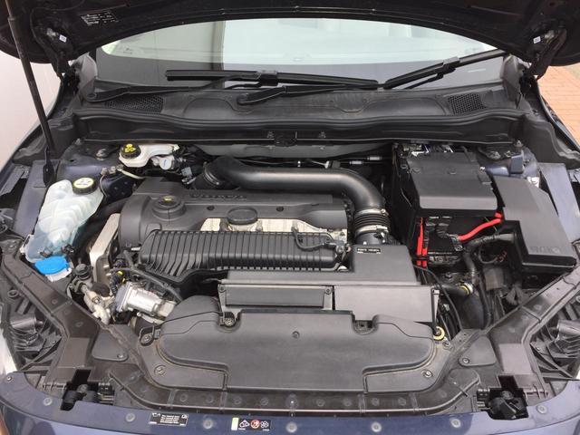 ボルボ ボルボ V40 クロスカントリー T5 AWD 純正HDDナビ バックカメラ