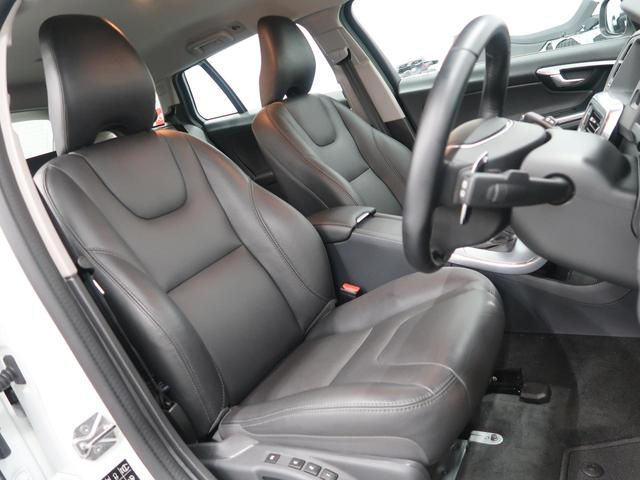 ボルボ ボルボ V60 T3 SE 黒革 純正18A/W 2017年モデル 禁煙車
