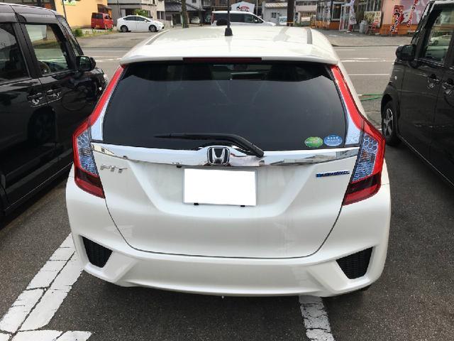 ホンダ フィットハイブリッド Fパッケージ リアカメラ アイドリングS 登録済未使用車