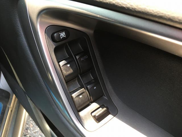 2.0i 5MT 4WD ABS 中古スタッドレスタイヤ付き(8枚目)