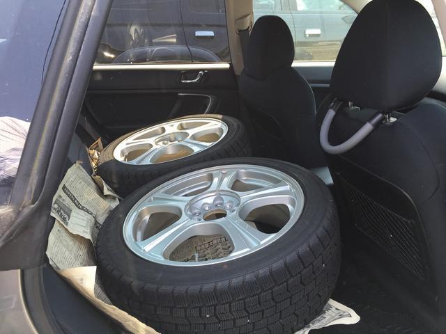 2.0i 5MT 4WD ABS 中古スタッドレスタイヤ付き(11枚目)