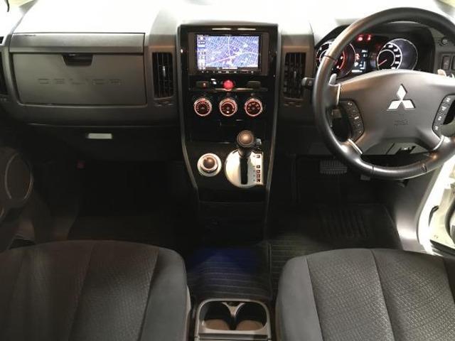 2.2 D パワーパッケージ ディーゼルターボ 4WD 両側電動スライドドア 地デジ ナビTV クルコン HID シートヒーター DVD ターボ ETC メモリーナビ スマートキー 4WD 横滑り防止装置 エアバック キーレス 両側自動D 後席モニタ-(7枚目)