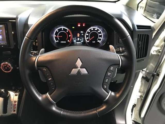 2.2 D パワーパッケージ ディーゼルターボ 4WD 両側電動スライドドア 地デジ ナビTV クルコン HID シートヒーター DVD ターボ ETC メモリーナビ スマートキー 4WD 横滑り防止装置 エアバック キーレス 両側自動D 後席モニタ-(13枚目)