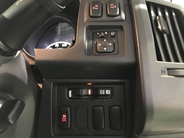 2.2 D パワーパッケージ ディーゼルターボ 4WD 両側電動スライドドア 地デジ ナビTV クルコン HID シートヒーター DVD ターボ ETC メモリーナビ スマートキー 4WD 横滑り防止装置 エアバック キーレス 両側自動D 後席モニタ-(14枚目)