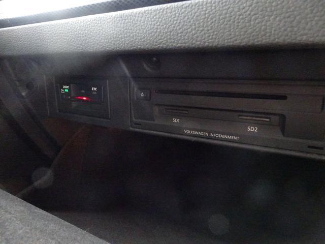 TSIハイラインブルーモーションテクノロジー ワンオーナ アダプティブクルーズ 純正ナビTV Bカメラ HID ETC キー2個(28枚目)