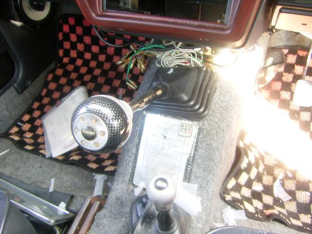 スズキ ジムニー 4WD 5速マニュアル車