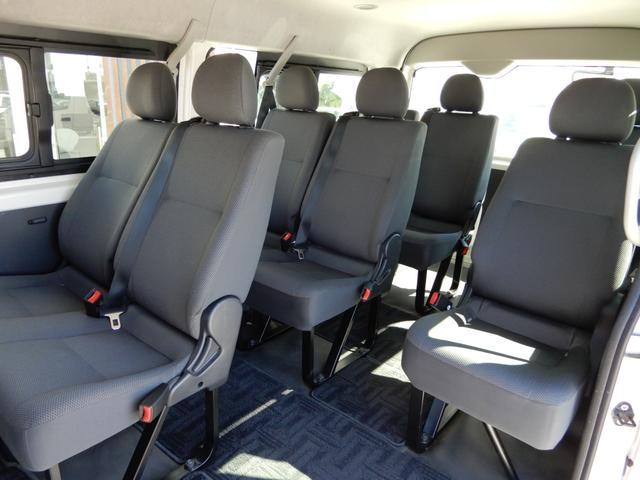 DX 4WD 10人乗り ワンオーナー 電動格納ステップ(13枚目)