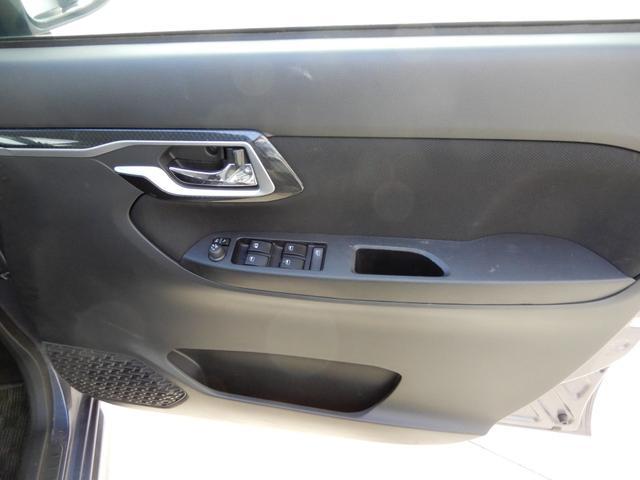 カスタム Xリミテッド SAIII アイドリング シートヒーター 純正ホイール LEDヘッドランプ 衝突軽減システム ベンチシート スマートキー プッシュスタート(10枚目)