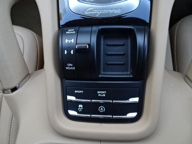 ポルシェ ポルシェ カイエン S スポクロ サーボトロニック BOSE エントリードライブ