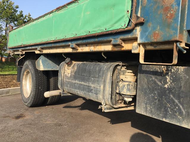 マツダ タイタントラック 積載量2000kg 低床ダンプ