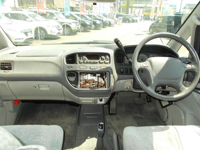 エクシードI 4WD軽油 サンルーフ フロント&サイドガード(19枚目)