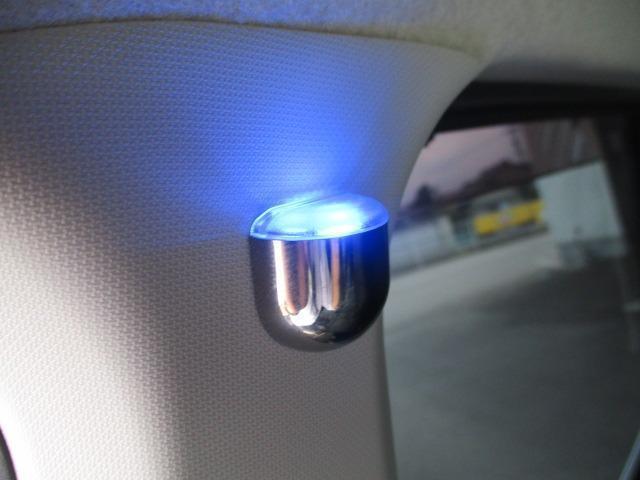 カスタム RS ハイパーSAII 禁煙車 純正SDナビ フルセグTV バックカメラ ETC CD&DVD再生 ブルートゥース USB 衝突軽減 横すべり防止 LEDヘッドライト フォグ スマートキー 16インチアルミ フルエアロ(6枚目)