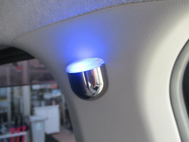 カスタム RS ハイパーSAII 禁煙車 純正SDナビ フルセグTV バックカメラ ETC CD&DVD再生 ブルートゥース USB 衝突軽減 横すべり防止 LEDヘッドライト フォグ スマートキー 16インチアルミ フルエアロ(44枚目)