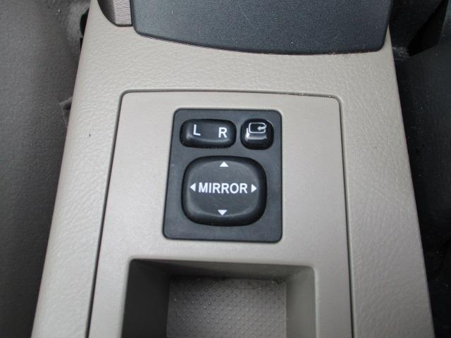 240S 4WD 禁煙車 5人乗り HDDナビ DVD AUX コーナーセンサー ETC TRC スマートキー&Pスタート オートAC クルコン ミラーウインカー オートライト HID フォグ 17インチアルミ(6枚目)