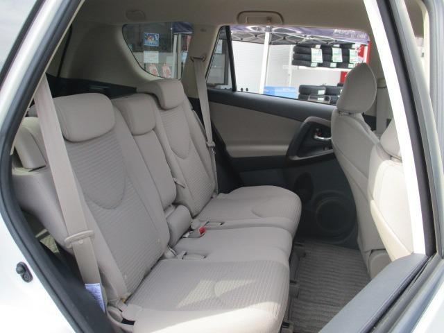 240S 4WD 禁煙車 5人乗り HDDナビ DVD AUX コーナーセンサー ETC TRC スマートキー&Pスタート オートAC クルコン ミラーウインカー オートライト HID フォグ 17インチアルミ(24枚目)