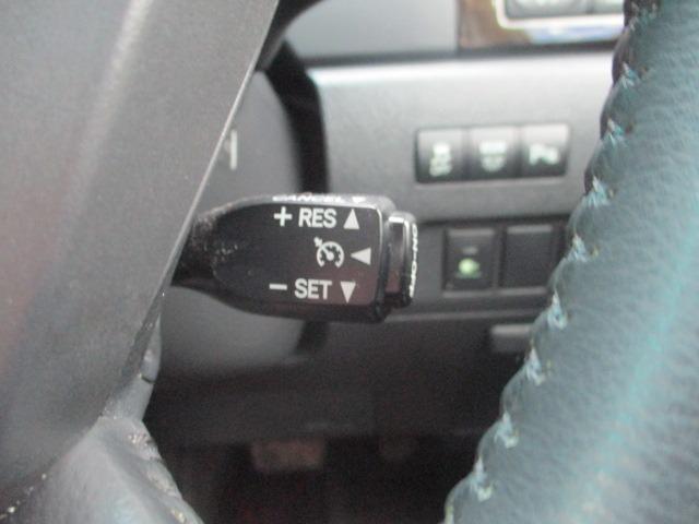 2.4Z ゴールデンアイズ 後期型 純正8型HDDナビ 地デジ フリップダウンモニター ブルートゥース バックカメラ 両側電動ドア 電動バックドア クルコン ビルトインETC ハーフレザーシート 2列目オットマン HID フォグ(9枚目)