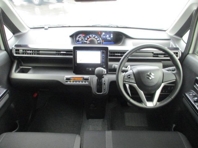 ハイブリッドX 禁煙車 衝突軽減 地デジSDナビ Bluetooth DVD再生 バックカメラ LEDライト フォグ オートライト シートヒーター コーナーセンサー スマートキー アイドリング ETC 純正アルミ(2枚目)