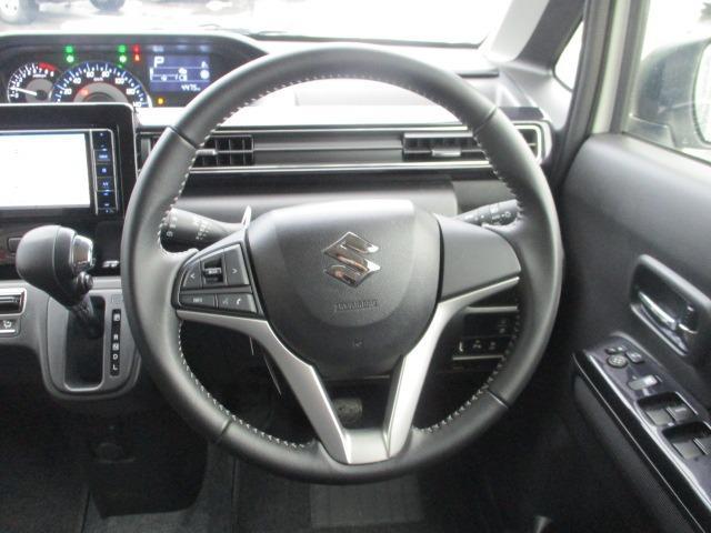 ハイブリッドX 禁煙車 衝突軽減 地デジSDナビ Bluetooth DVD再生 バックカメラ LEDライト フォグ オートライト シートヒーター コーナーセンサー スマートキー アイドリング ETC 純正アルミ(3枚目)