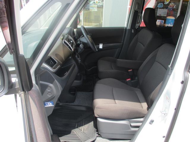 S 4WD禁煙車 Bカメラ付CD 両側自動ドア ISOFIX(17枚目)