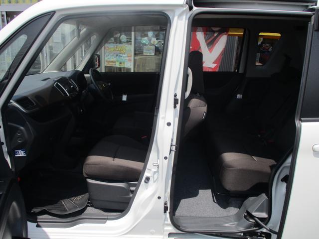 S 4WD禁煙車 Bカメラ付CD 両側自動ドア ISOFIX(18枚目)