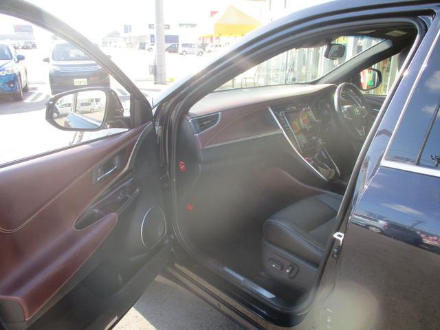 「トヨタ」「ハリアーハイブリッド」「SUV・クロカン」「富山県」の中古車21