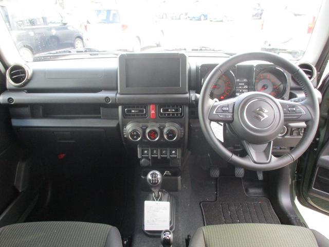 XC 5速マニュアル車 届出済未使用車 フロアマット・ドアバイザー付 メーカー保証継承可能 全国納車可能 走行60km 衝突軽減 LEDヘッドランプ ETC スマートキー クルーズコントロール(2枚目)