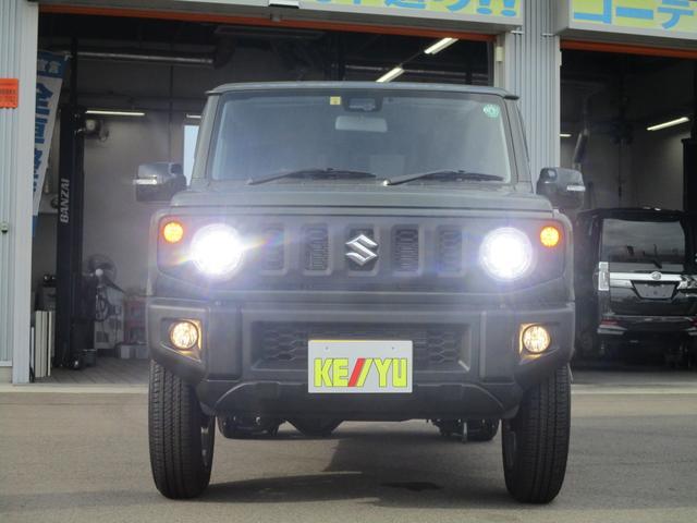 XC 5速マニュアル車 届出済未使用車 フロアマット・ドアバイザー付 メーカー保証継承可能 全国納車可能 走行60km 衝突軽減 LEDヘッドランプ ETC スマートキー クルーズコントロール(3枚目)