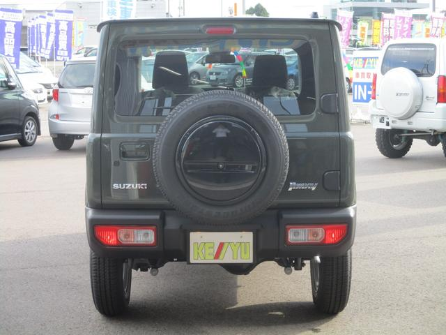 XC 5速マニュアル車 届出済未使用車 フロアマット・ドアバイザー付 メーカー保証継承可能 全国納車可能 走行60km 衝突軽減 LEDヘッドランプ ETC スマートキー クルーズコントロール(4枚目)