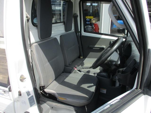 VX-SE 4WD 三方開 3速オートマ パワステ エアコン 整備記録簿8枚 2016年製ヨコハマスタッドレス 荷台ゴムマット(9枚目)