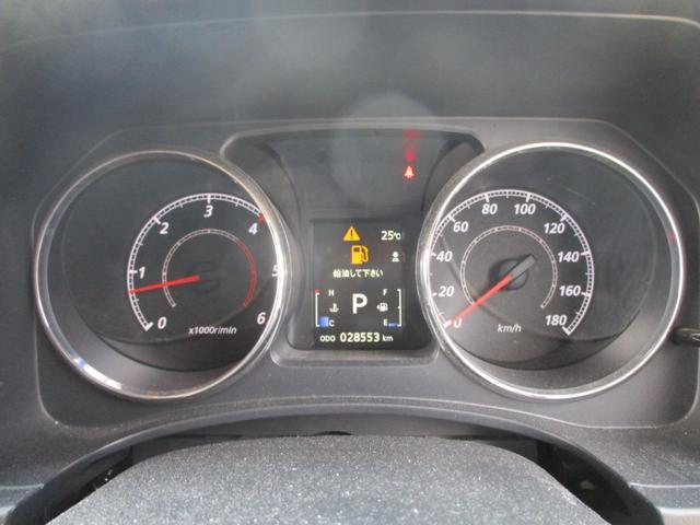 D パワーパッケージ ディーゼルターボ 4WD-東京仕入車-走行28553km 禁煙 走行28553km 7人乗り 後席モニター 両側自動ドア クルーズコントロール シートヒーター 地デジナビ Bカメラ HID 純正アルミ(35枚目)