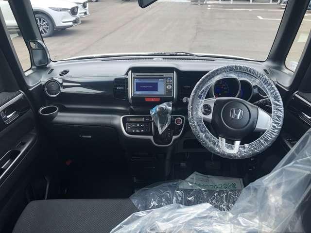 G・Lパッケージ 4WD ナビ ETC アイドリングストップ(5枚目)