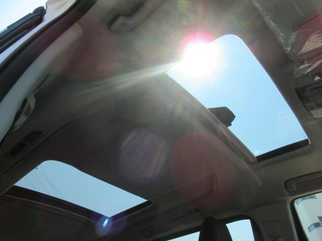 2.5S Cパッケージ サンルーフ メモリーナビ ミュージックプレイヤー接続可 バックカメラ 衝突被害軽減システム 両側電動スライド LEDヘッドランプ 乗車定員7人(16枚目)