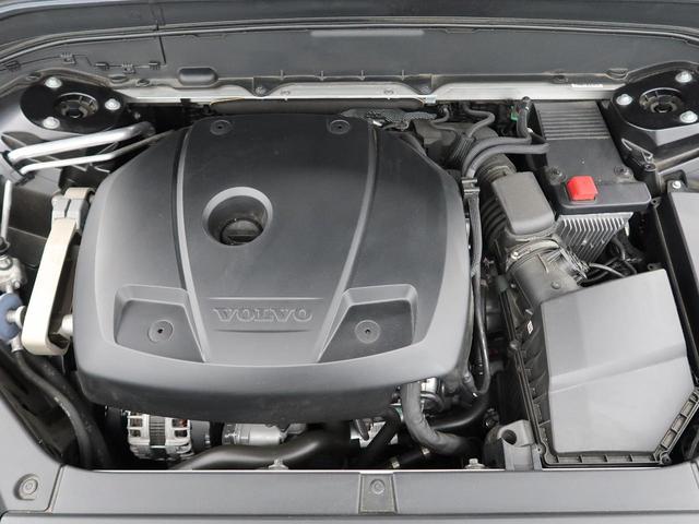 ◆T6エンジン(2.0L直列4気筒直噴ターボ+Sチャージャー)『低回転域ではSチャージャーが優れたアクセルレスポンスでトルクを増大し、中回転域以降はSチャージャー+ターボにより高いパフォーマンスを実現