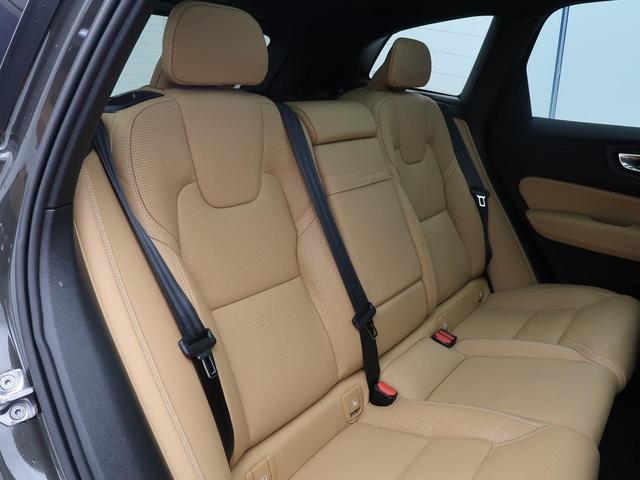 T5 AWD インスクリプション 認定 サンルーフ 茶革 シートヒーター/ベンチレーション 純正ナビ ETC 電動リアゲート 電動パワーシート(13枚目)