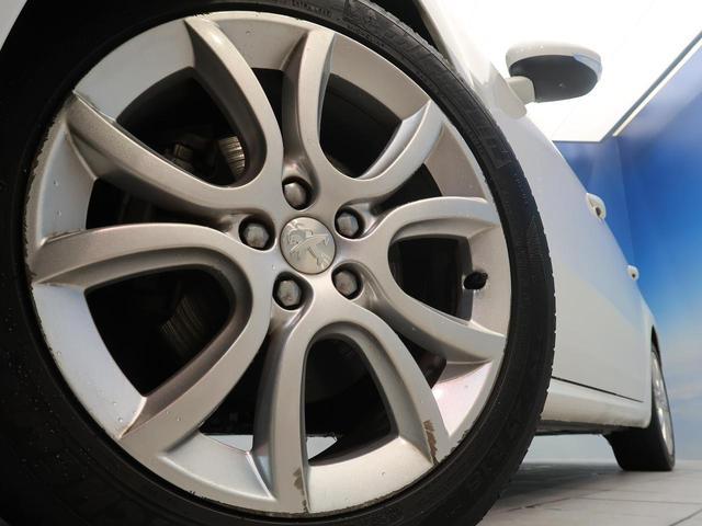 グリフ HDDナビ フルセグ ヘッドアップディスプレイ ブラックレザーシート シートヒーター クルーズコントロール 禁煙(13枚目)