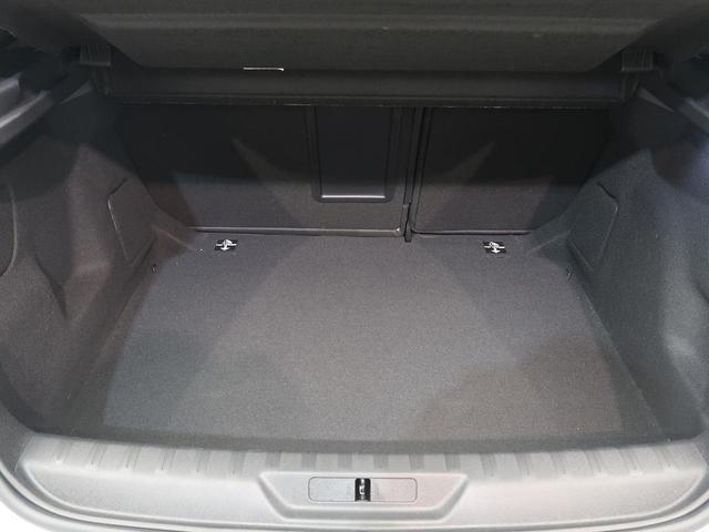 GT ブルーHDi AppleCarPlay LEDヘッド クルコン 禁煙車 アラウンドビューモニター ETC 純正18インチAW(16枚目)