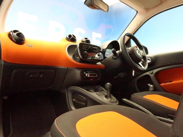 エディション1 禁煙車 クルーズコントロール Bluetooth 前席シートヒーター ETC 純正15インチAW(8枚目)