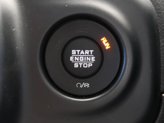 サハラ ワンオーナー 純正ナビ フルセグTV LEDヘッドライト アダプティブクルーズコントロール ブラインドスポット 衝突警報 ブラックレザー シートヒーター アルパイン9スピーカー  パークセンサー(36枚目)