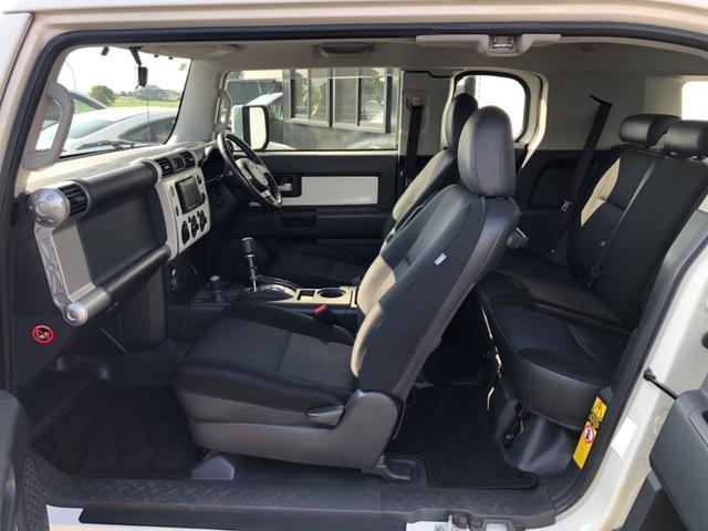 カラーパッケージ 4WD 1オーナー AW ETC(4枚目)