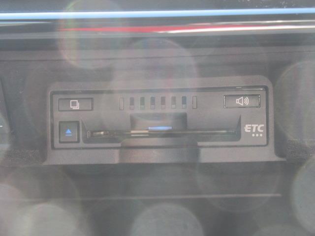 RSアドバンス 革シート DVDナビ DVD再生 ミュージックプレイヤー接続可 バックカメラ 衝突被害軽減システム ETC ドラレコ LEDヘッドランプ(14枚目)