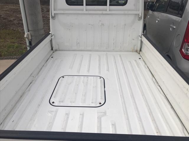 SDX 4WD AC MT 軽トラック 2名乗り ホワイト(8枚目)