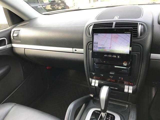 「ポルシェ」「ポルシェ カイエン」「SUV・クロカン」「富山県」の中古車11