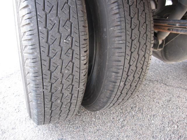 タイヤサイズ:165R14LT(ノーマル)