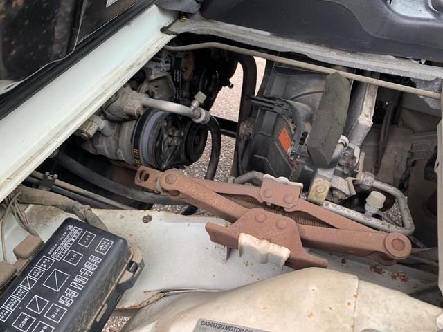 エアコン 5速MT 4WD タイベル交換済み(18枚目)