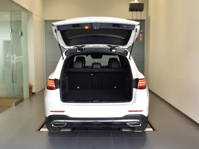 GLC220d 4マチックスポーツ(本革仕様) レーダーセーフティパッケージ 黒革 パノラミックスライディングルーフ Burmester エアバランスパッケージ TV ナビ ETC 19インチアルミホイール 正規ディーラー認定中古車 2年保証(11枚目)