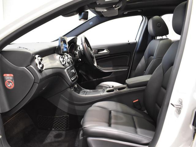 GLA220 4マチック レーダーセーフティパッケージ プレミアムパッケージ harman/kardon パノラミックスライディングルーフ ETC バックカメラ 18インチアルミホイール 正規ディーラー認定中古車 2年保証(50枚目)