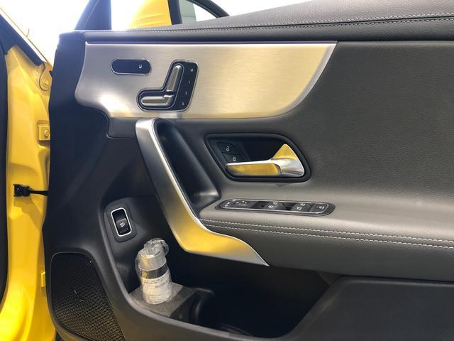 CLA200dシュティングブレAMGレザエクスクルP AMGレザーエクスクルーシブパッケージ ナビゲーションパッケージ アドバンスドパッケージ パノラミックスライディングルーフ 18インチアルミホイール 正規ディーラー認定中古車 2年保証(17枚目)