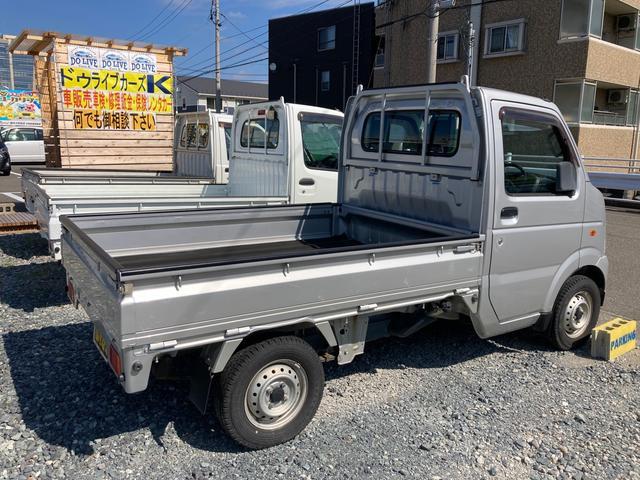 5速マニュアル車 4WD 軽トラ エアコン パワステ オーディオ(4枚目)