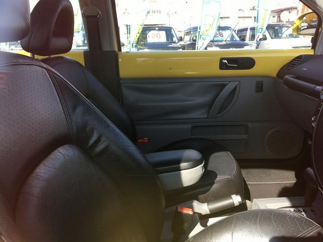 フォルクスワーゲン VW ニュービートル プラス ブラックレザー 電動サンルーフ